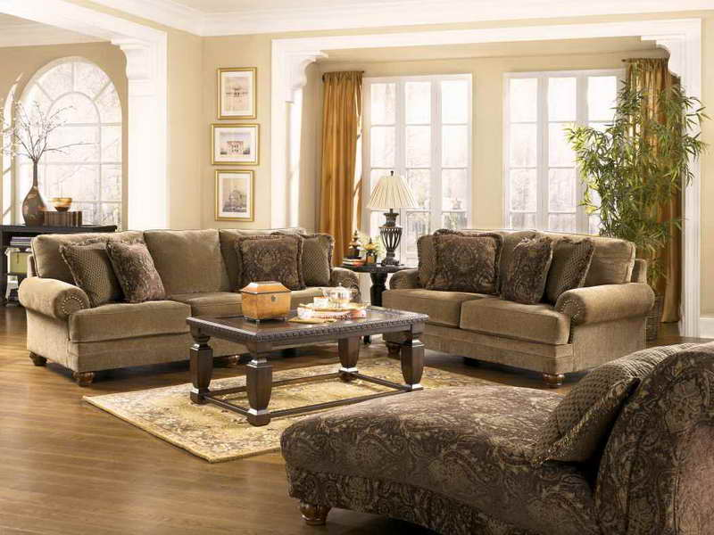 traditional-living-room-inspiration-furniture-with-yellow-curtains